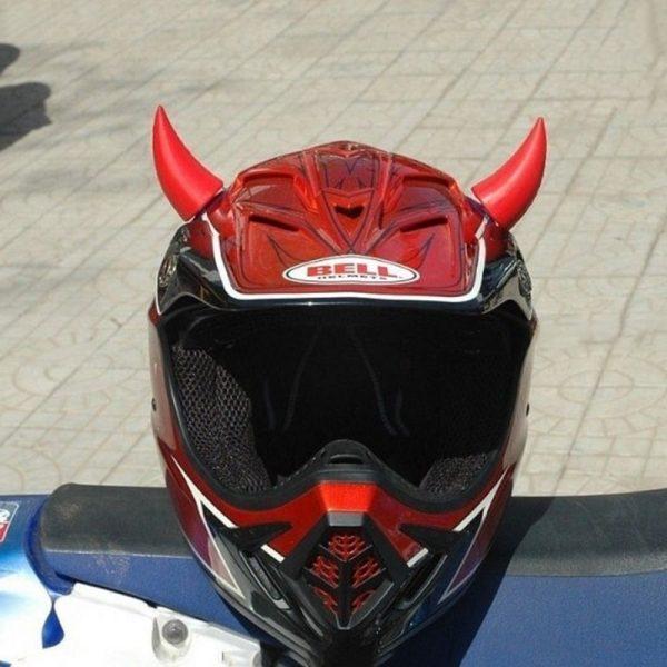 cornes-pour-casque-de-moto-rouges