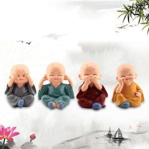 decoration-de-voiture-petits-moines-kung-fu