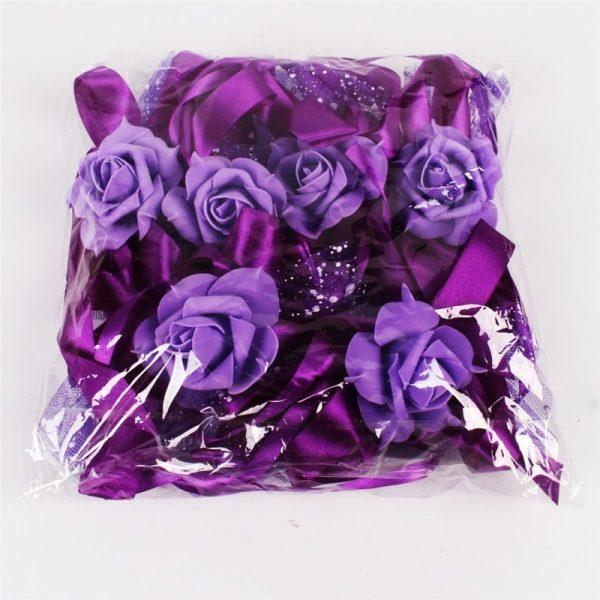 decoration-de-voiture-pour-mariage-avec fleurs-emballees