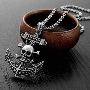 pendentif-tete-de-mort-style-pirate