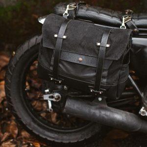 Sacoche de moto vintage